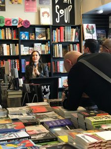 Sasha-Grey-Reading_Sasha_Grey-Book-Soup